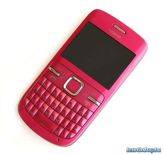 Design et ergonomie de Nokia N8