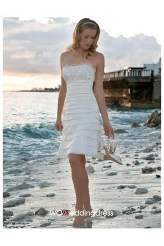 October wedding season, bride you must be brave to wear clothing featuring wedding dress!